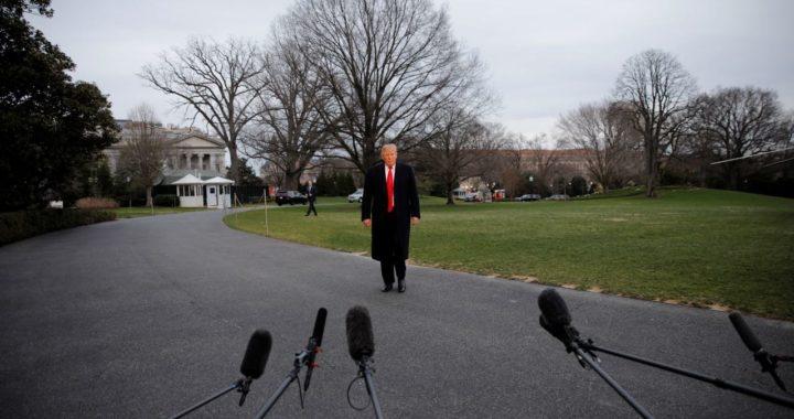 Импичмента не будет, санкции не отменят, Трамп повысил шансы на переизбрание. Что означают результаты расследования российского вмешательства в выборы
