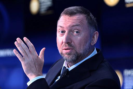 В Минфине США заявили, что Дерипаска «по некоторым сведениям» отмывал деньги для Путина. Бизнесмен назвал это очередной порцией брехни