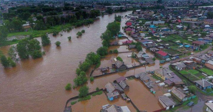 B Украине завели дело после крупнейшего наводнения за 20 лет. По версии следствия, паводок начался из-за вырубки леса. #WestHelp