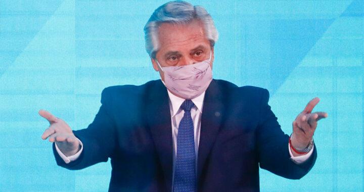 Президент Аргентины, привившийся вакциной «Спутник V», получил положительный тест на коронавирус.